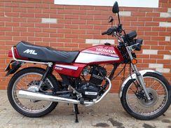 CG ML Vermelha 1988
